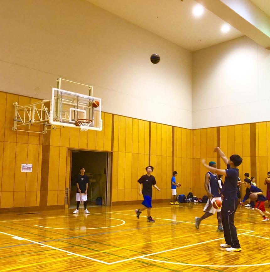 第8回STN杯バスケットボール大会の様子