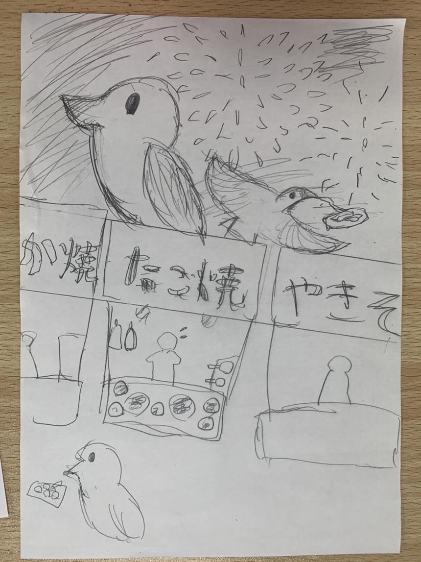 お祭りの屋台とそこに遊びにきた鳥のイラスト