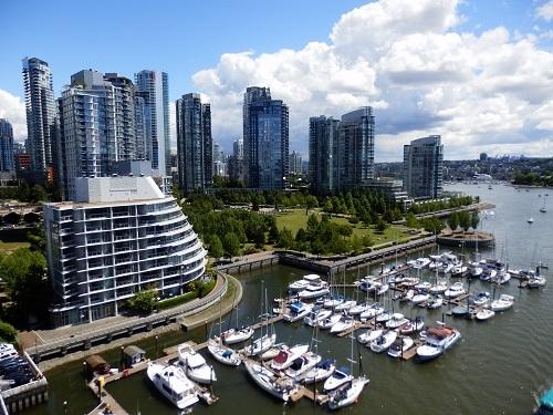 世界の「住みやすい都市」の常に上位にランクインするバンクーバー。